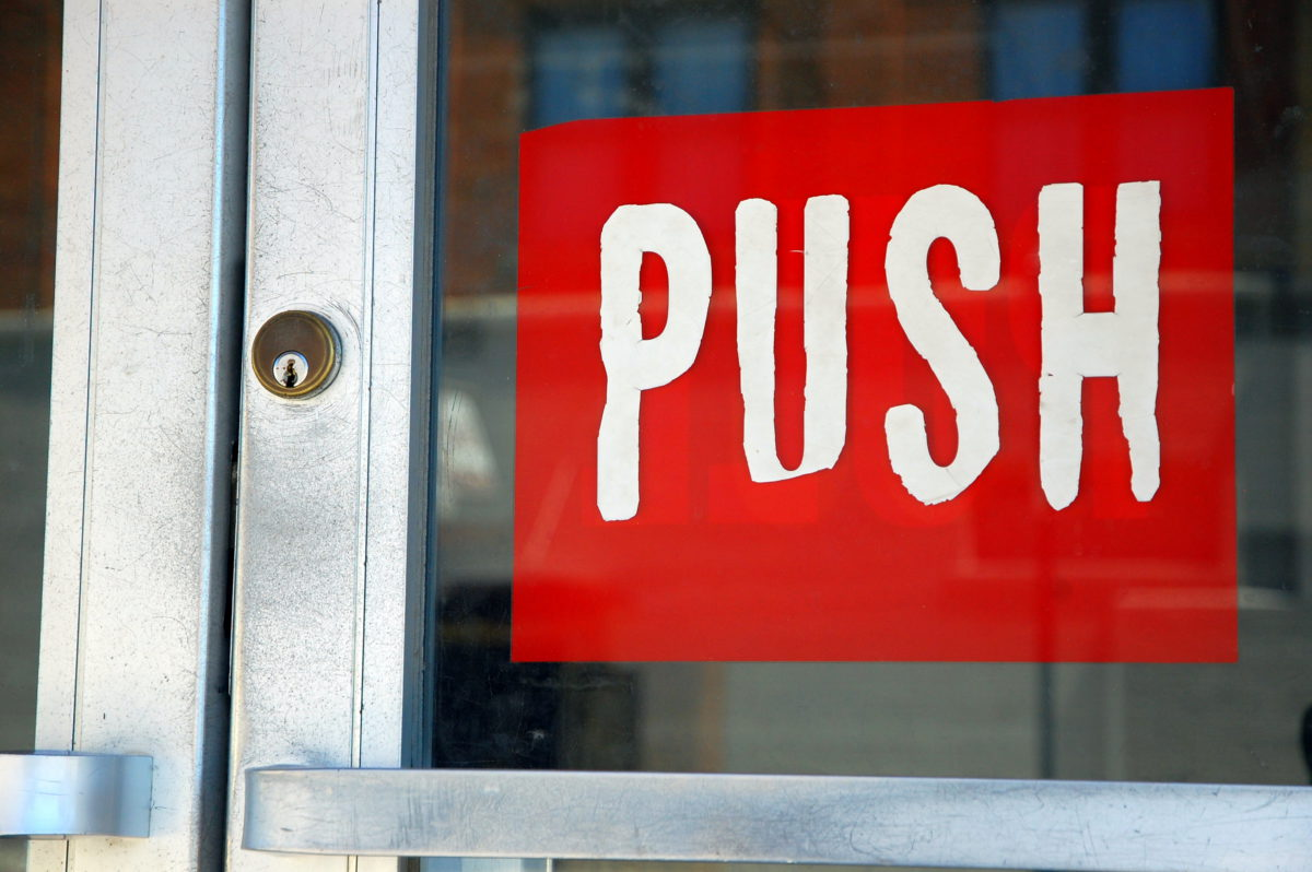 When to Push and Pull Relevant* information
